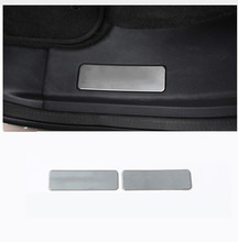 цена на Stainless Steel Inner Door Sill Protector Pedal Scuff Plate Cover Trims For Land Rover Discovery Sport 2015-2017 2Pcs