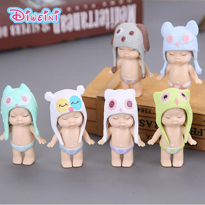 1 pc Dormir Boneca Figura Chapéu Anjo Estatueta Em Miniatura Do Bebê Meninas mini modelos Dos Desenhos Animados Figuras Anime Brinquedos Fingir Casa Lavável
