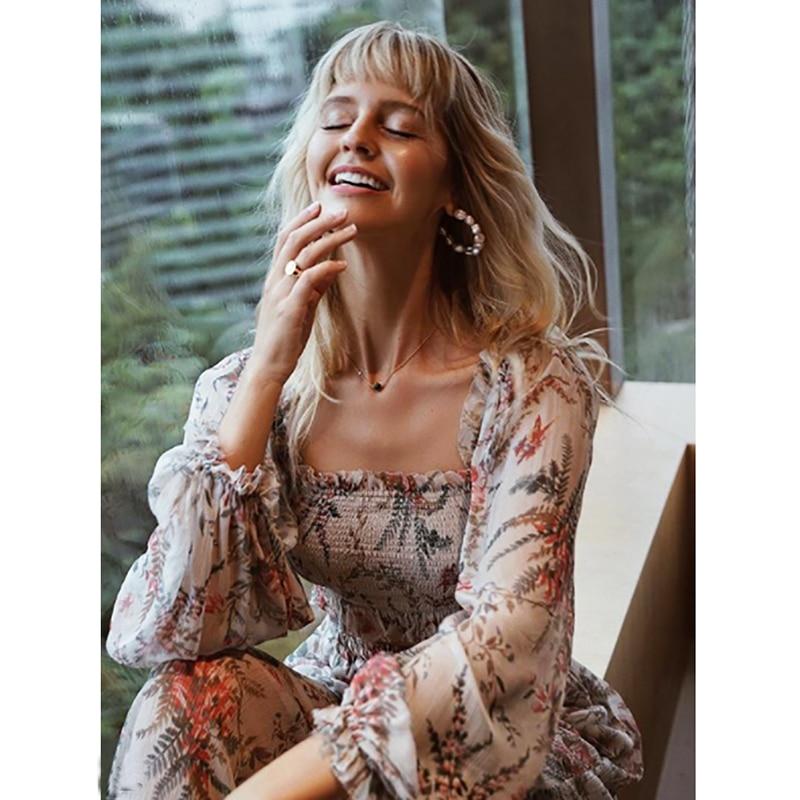 Mode printemps et d'été femmes de robe longue bohème Bayou froncé floral-print soie-crépon maxi robe