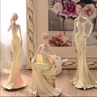 European beauty parlor bar girl ornaments ornaments creative wedding gift resin ornaments gifts
