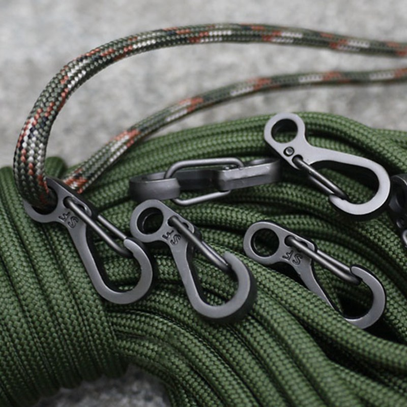 1pcs Mini Carabiners Spring Backpack Gear Clasps EDC Keychain Camping Hooks Climbing Carabiner Accessories