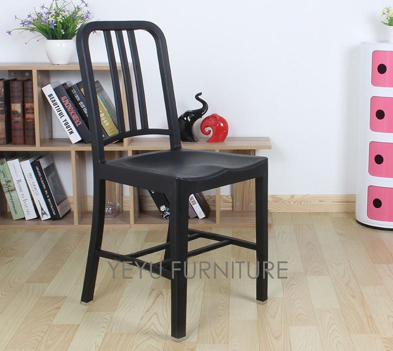 Modern Contemporary Urban Design Kitchen Dining Side Chair: Minimalist Modern Design Plastic Dining Side Chair Navy