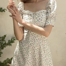 купить 2019 New Square Collar Summer Dress Women Flowers Short Sleeve Low Cut Mini Dress Sexy Slim Bodycon Dress Female Vestido дешево