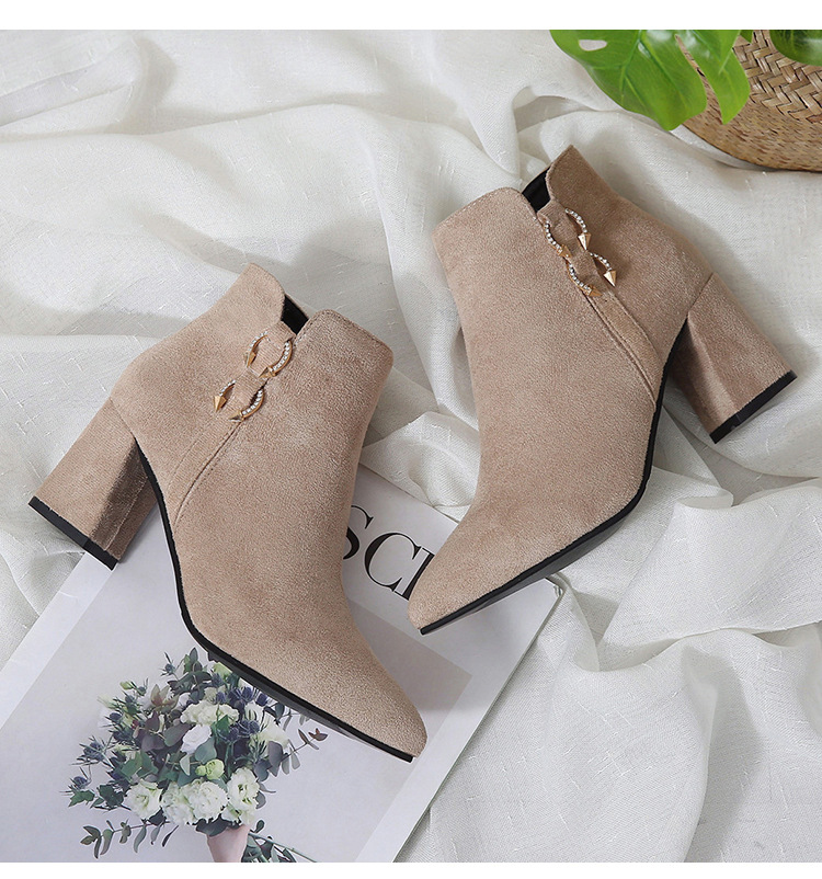 2019 Spring Autumn Women Boots New Fashion Casual Ladies Flock Short Boots Female Middle Heeled Boots M8D261 (12)