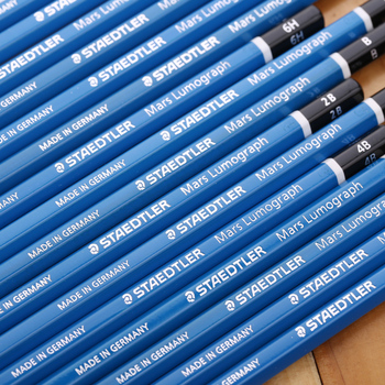 Staedtler-100 lápiz de madera para dibujo de lúmenes de Mars, 4 unidades/lote F/6H/5H/4H/3H/2 H/H/B/2B/3B/4B/5B/6B/7B/7B/8B