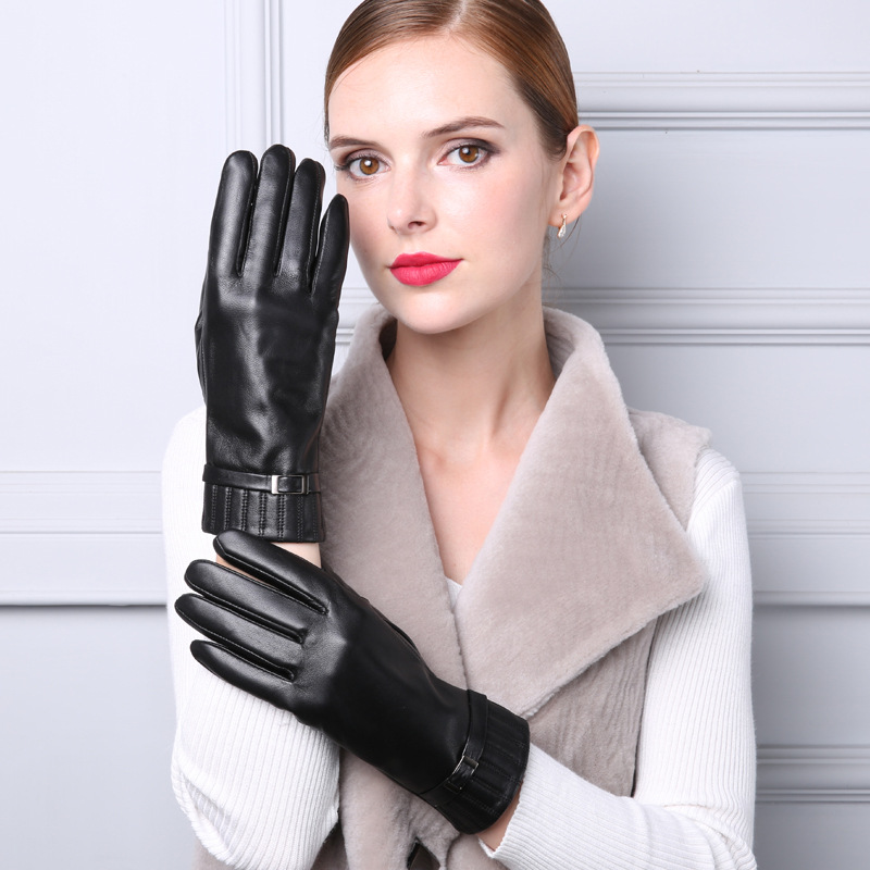 Photo sexey gloves for you, all girl party naked