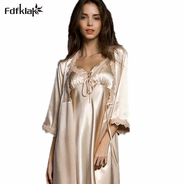 High Quality New 2018 Spring Summer Three Quarter Sleeve Silk Robes Set Sexy V-neck 2 Pieces Home Suit Dressing Gowns For Women