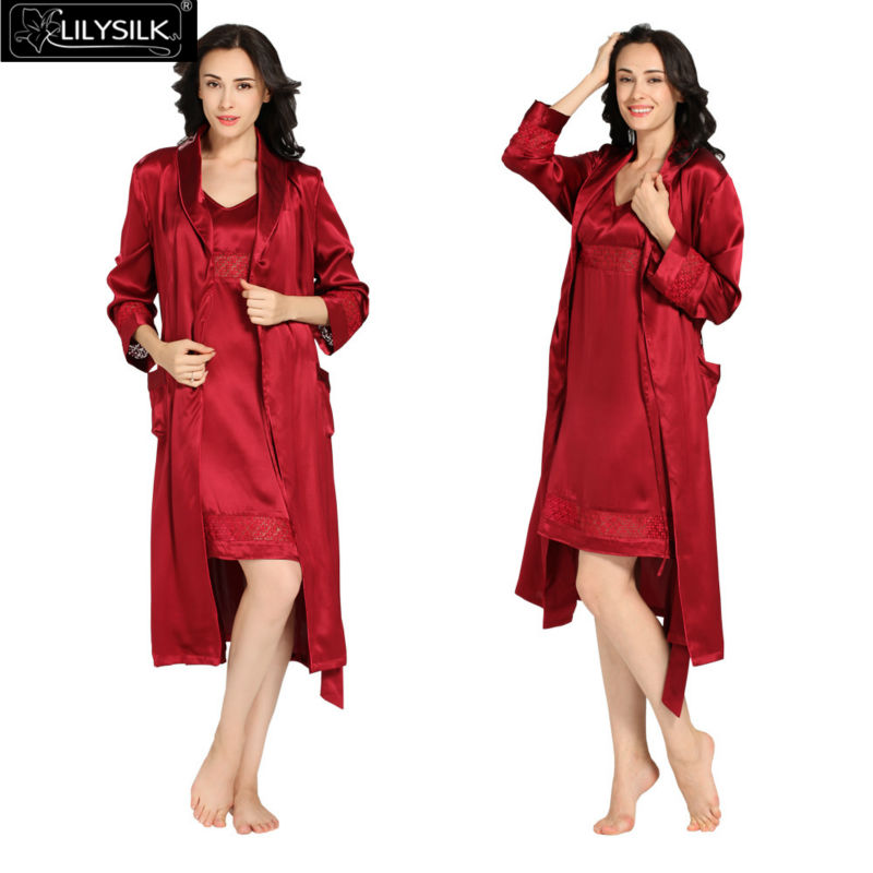 1000-claret-22-momme-luxury-lacey-silk-nightgown--dressing-gown-set
