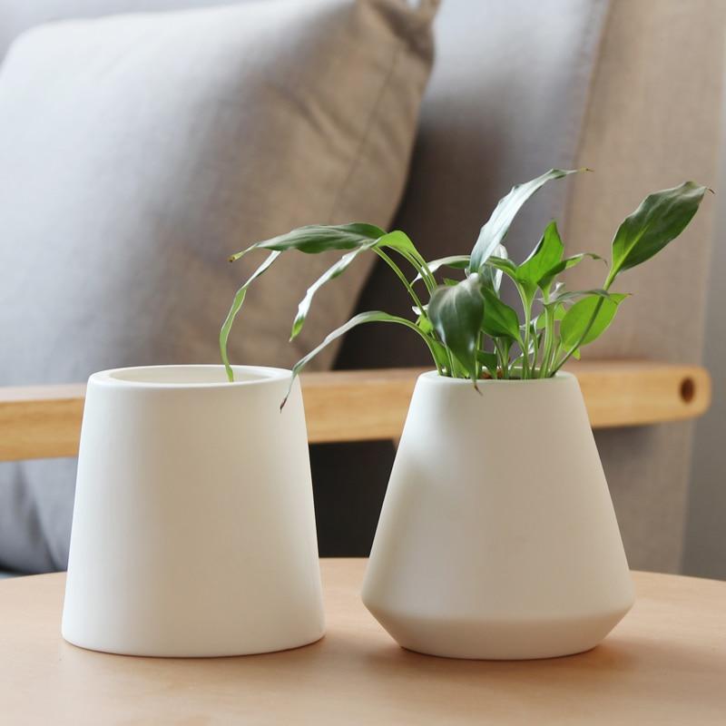 Set Of 2 Modern Plain Colour Design Flower Vases White