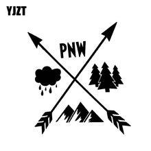YJZT 13CM * 14.1 CENTÍMETROS PNW Montanha Gráfico Setas C10-02247 Pacific Northwest Etiqueta Do Carro Decalque do Vinil Árvore de Prata Preto