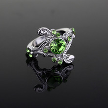 Hot Sell Fashion Green Zircon Rings for Girls Engagement Rings for Women Silver Color Wedding Rings Female Jewelry Birthday Gift
