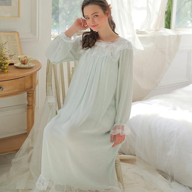 2018 New Lace Nightgown Princess Sleep Lounge Pregnant Women Home Dress  Sleepshirts Female Nightdress Vintage Camisao 6dfffe858