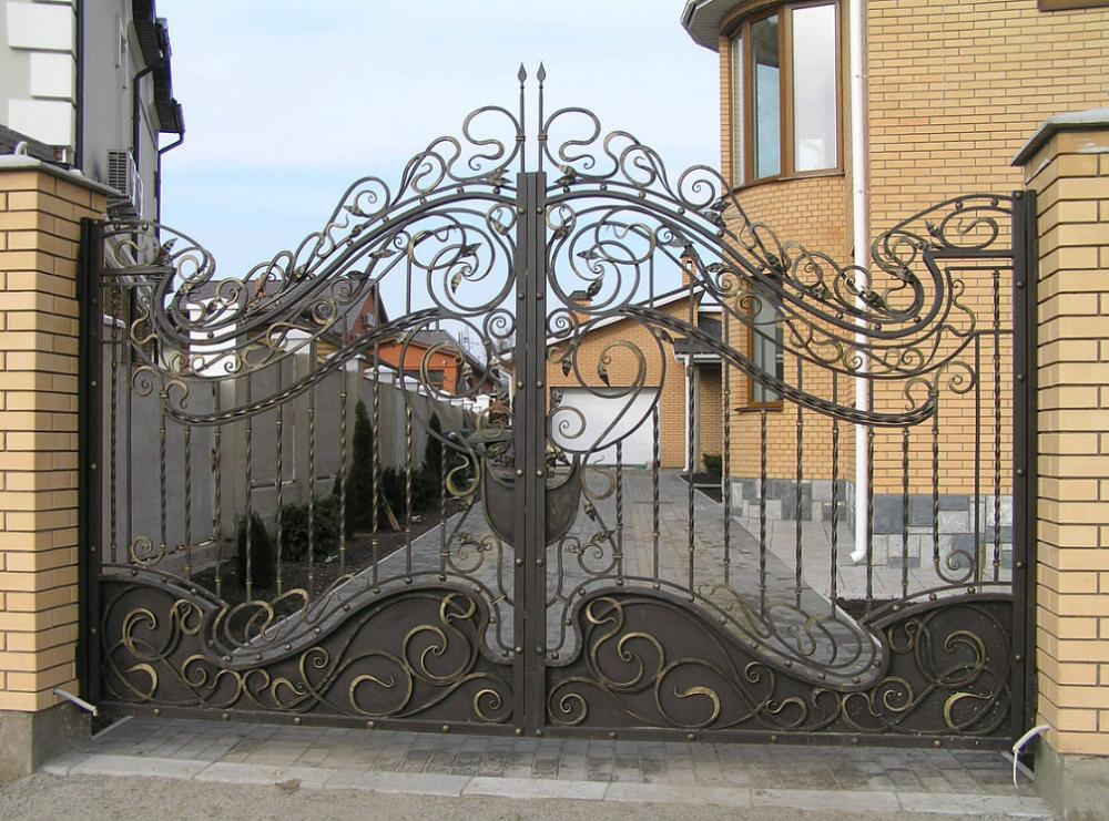 Metal Fences And Gates  Driveway Entrance Gates Driveway Fence Gate
