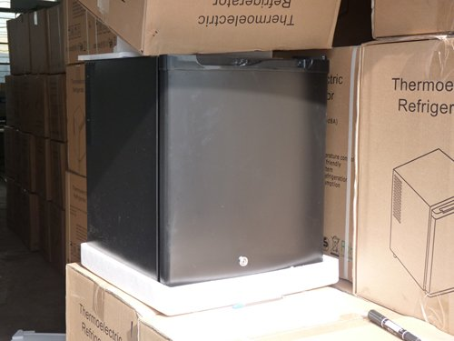 Mini Kühlschrank Rockstar : Mini kühlschrank rockstar: was passiert wenn man eine energy dose