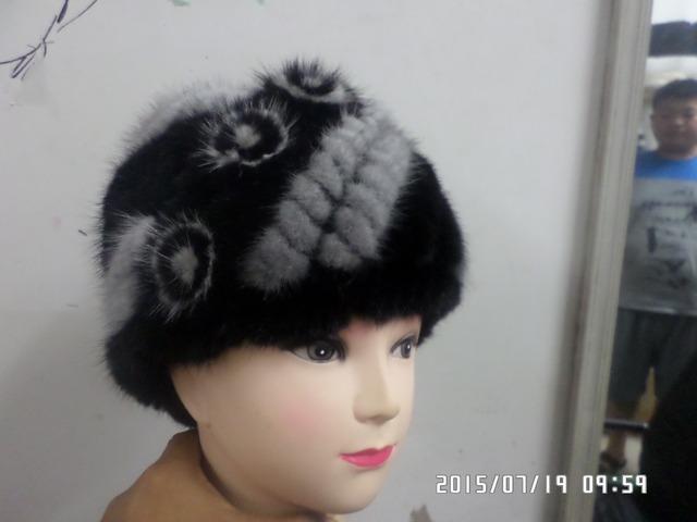 The real mink Woven fur Lateral flowers hat