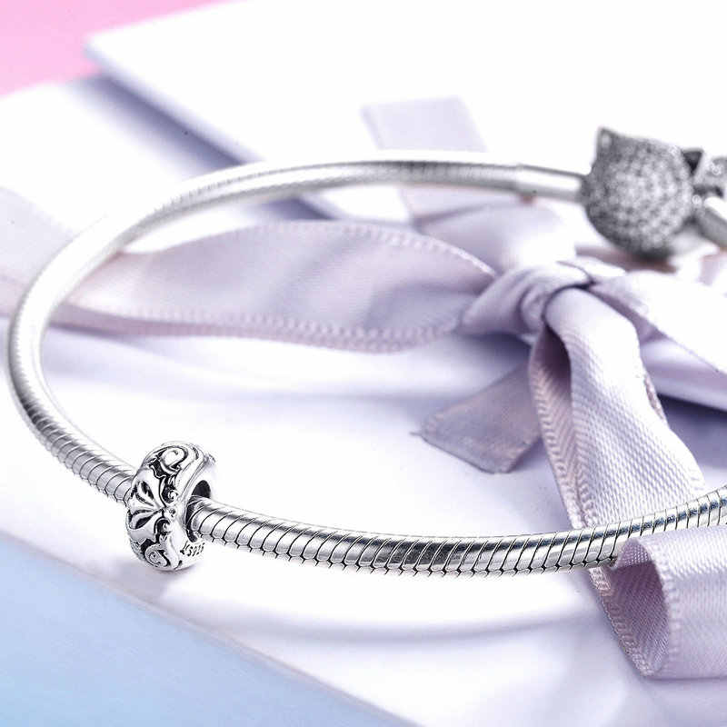 Flor de lírio contas de metal spacerlovely presente quente encantos caber pulseira original colar puro 925 contas de prata scc1139