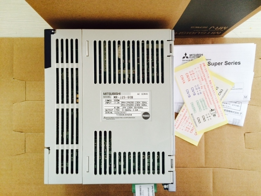 MR-J2S-60B MRJ2S60B new Original factory AC Servo Amplifier Servo Drive