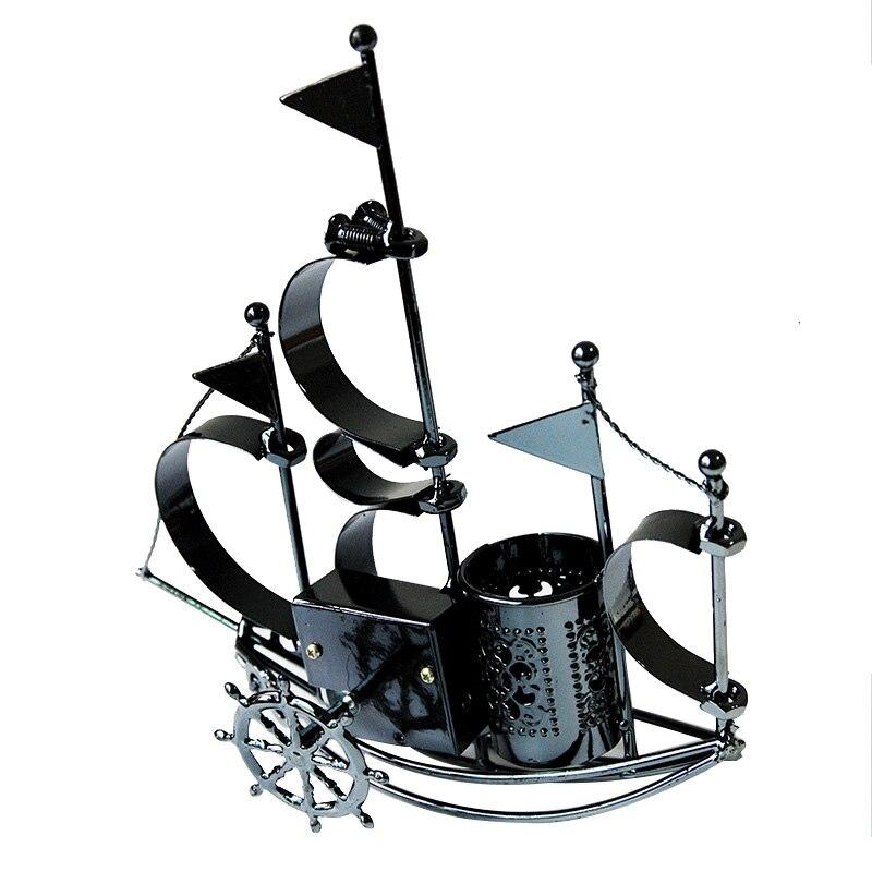 Bateau à voile Miniatures Figurines bateau en métal artisanat stylo conteneur ornements décoration de la maison artisanat enfants étudiant porte-crayon titulaire