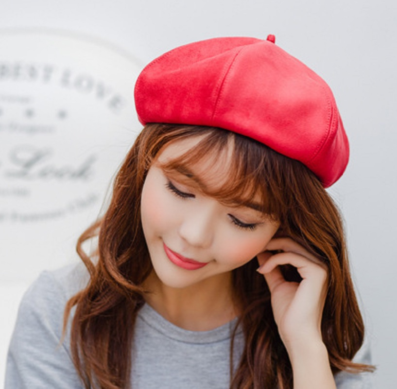 Fashion New Wool Beret Christmas New Year Gift Winter All Matched Warm Walking Hat Women Men Female Male Cap