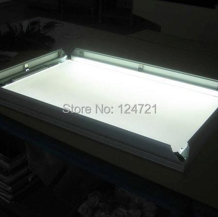 frame de aluminio magro super levou lightbox 04