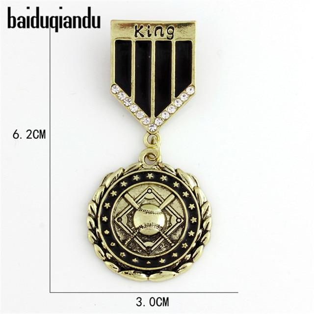 Baiduqiandu бренд эмалированную медаль свободы King знак броши значки для Для мужчин рубашка пальто аксессуары