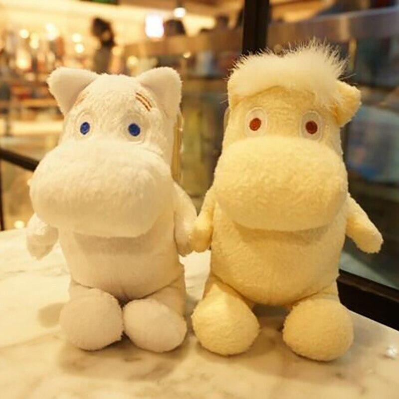 bilder für Nette 3D Cartoon Moomin Plüsch Puppe Telefon Fall Spielzeug Stehen Zurück Abdeckung für iPhone 4 4 S 5 5 S SE 5C 6 6 s Plus 7 7 Plus Coque Fundas