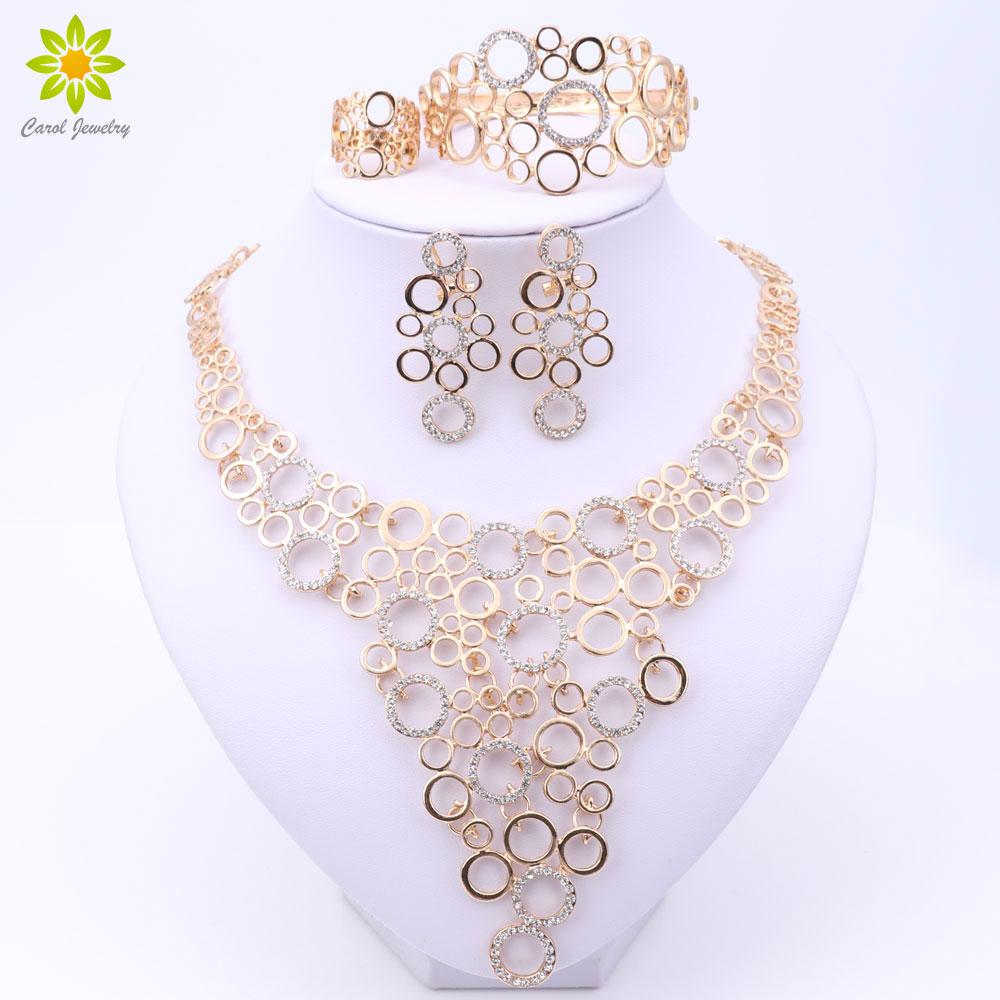 Conjuntos de joyería fina para mujeres Accesorios de fiesta Color dorado Cuentas africanas Collar Pendientes Pulsera Anillos Conjunto Boda Nupcial