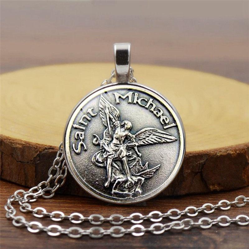 Tovar 2018 New Men Necklace Archangel St Michael Protect Me Saint