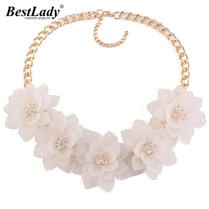 Best lady 2016 New White Flower Luxury Summer Women Rhinestone Bijoux Statement Femme Collar Necklace 2856 rhinestone frangipani flower necklace