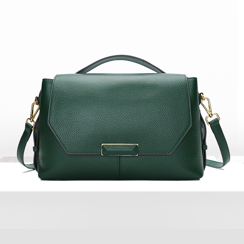 Womens new casual wild cross section leather shoulder bag First layer cowhide large capacity mobile Messenger bagWomens new casual wild cross section leather shoulder bag First layer cowhide large capacity mobile Messenger bag