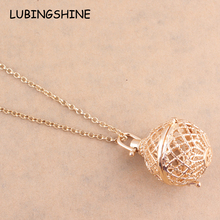 Golden Hollow Locket Pendant Necklace Gold Chain Aromatherapy Perfume Diffuser Locket Jewelry Women Christmas Gifts Collier N548