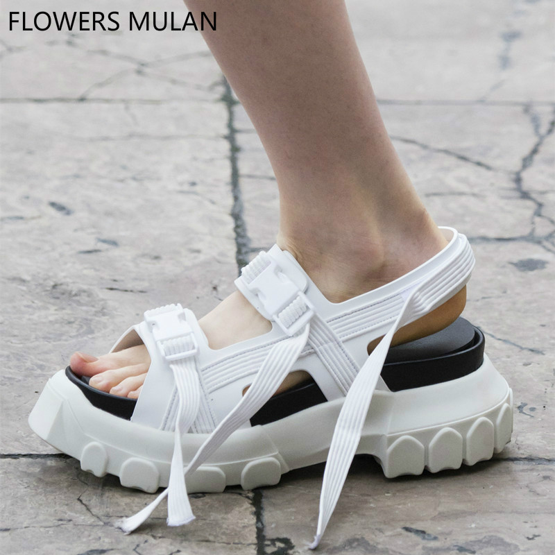 New Fashion 2018 Summer Black White Green Real Leather Sandals Women Casual Shoes Woman Platform Flats Two Bands Buckles Sandals sandals women summer shoes woman wedges platform sandals fashion flange rome sandals white black women shoes casual k8