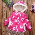 2016 Novas crianças Inverno Casacos & Coats Meninas Floral Com Capuz Bebê jaqueta Menina Outerwear Quente Bonito Moda Infantil casaco
