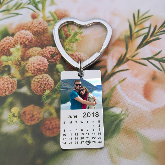 MYLONGINGCHARM  personalized colour photo calendar keychain love date gift for women family gift 3
