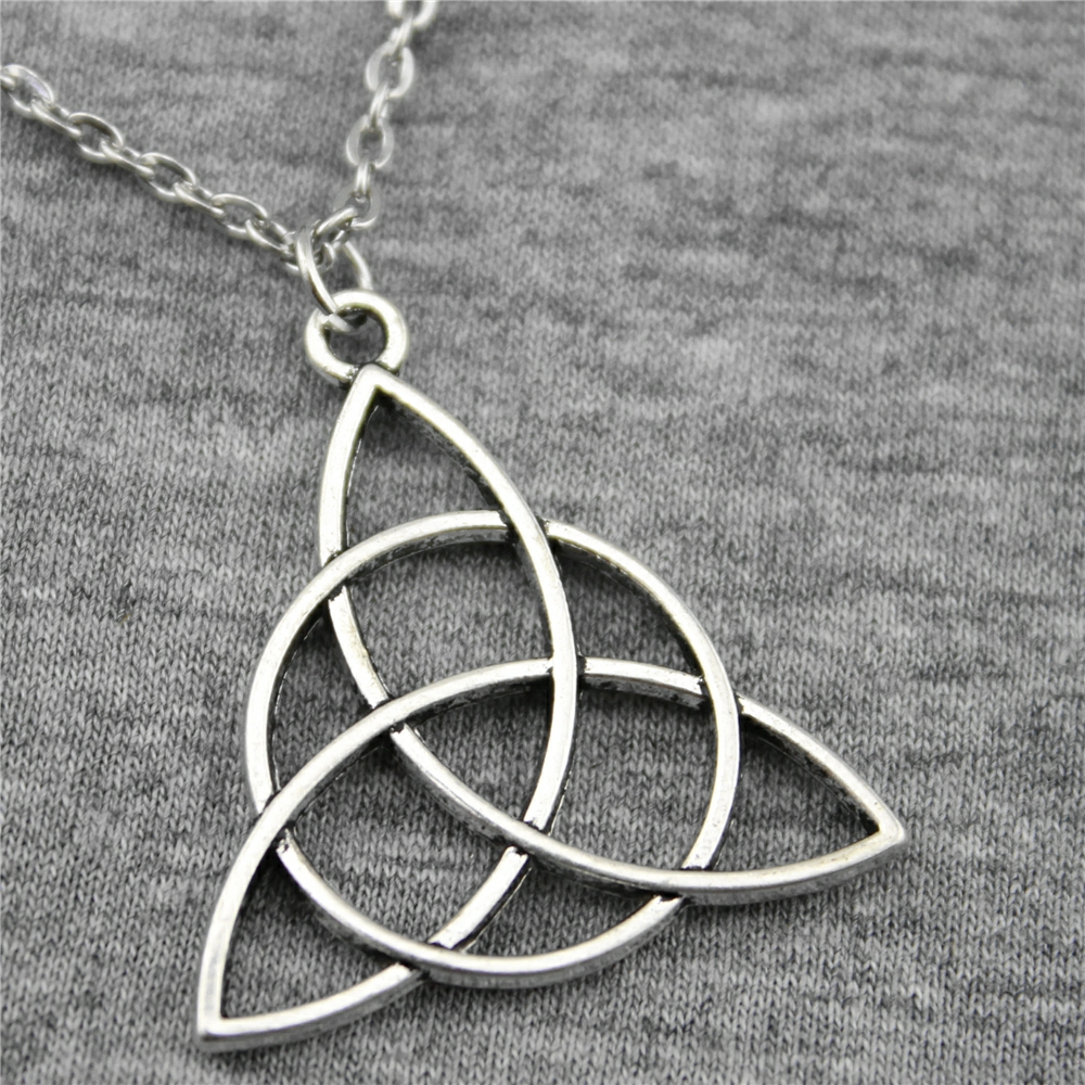 WYSIWYG 28mm Triquetra Symbol Pendant Necklace Jewelry, Handmade Necklace Gift For Women Dropship Products