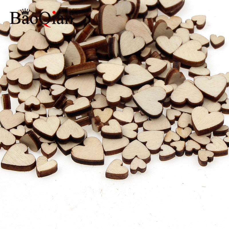 200Pcs DIY Size Mixing Love Heart Wood Slices For Home Decorative Crafts Scrapbooking Holiday Party Embellishments Buttons