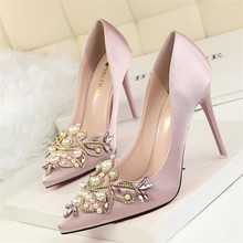 New sexy elegant party shoes high heel shallow mouth pointed satin pearl rhinestone women's shoes high heels цены онлайн