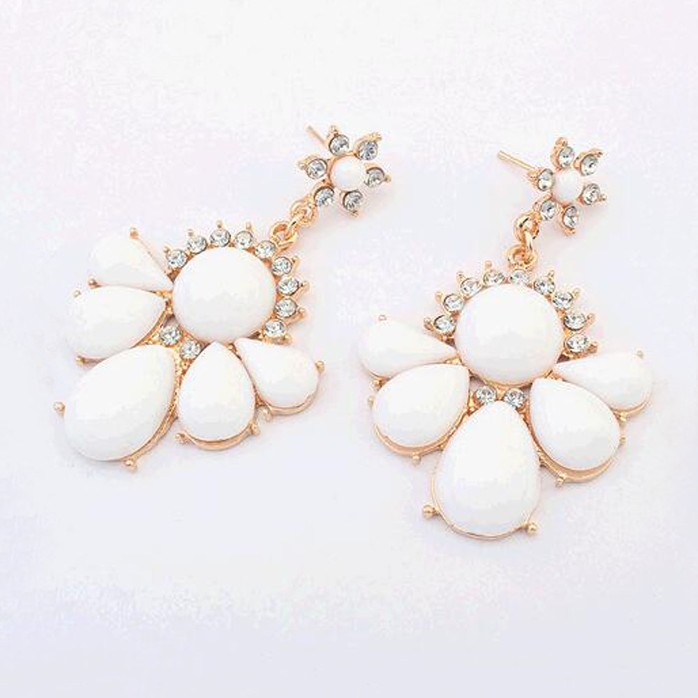 FAMSHIN New Star fashion jewelry earrings for women crystal stone pendant 2016 Simple flowers dangle earring water drop earrings