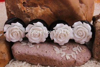 New Product Fashion White Rose Flower Acrylic Double Flared Ear Plug Flesh Tunnel Ear Stretcher Expander Body Jewelry