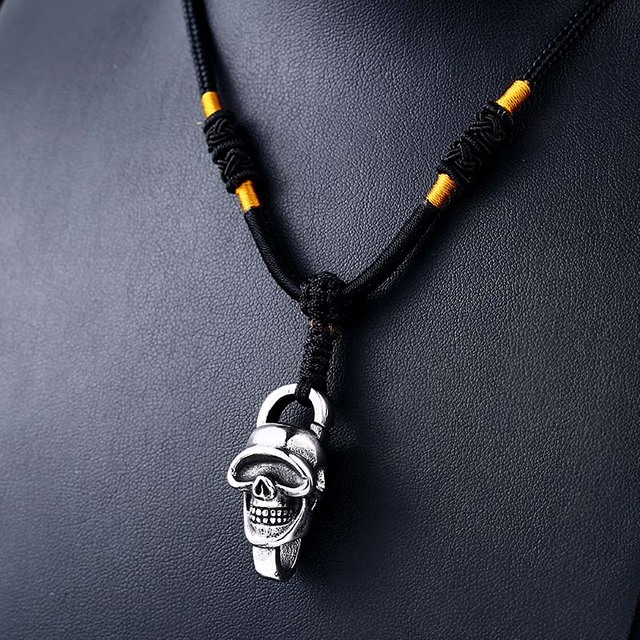 STAINLESS STEEL SKULL BIKER NECKLACE