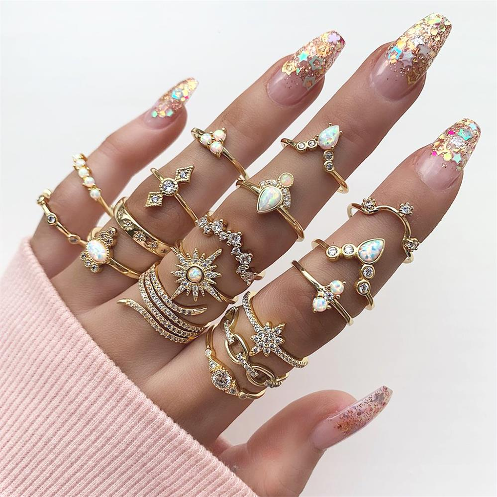 17Pcs/Set Bohemian Women Rings Anise Star Crown Cross Snake Drops Geometry Crystal Joint Gold Ring Set Lady Wedding Jewelry(China)