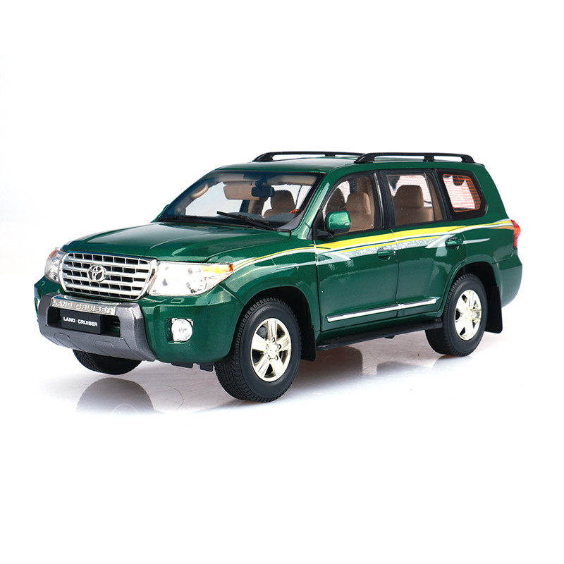 118 scale japan toyota land cruiser 200 diecast metal car model toy for collection