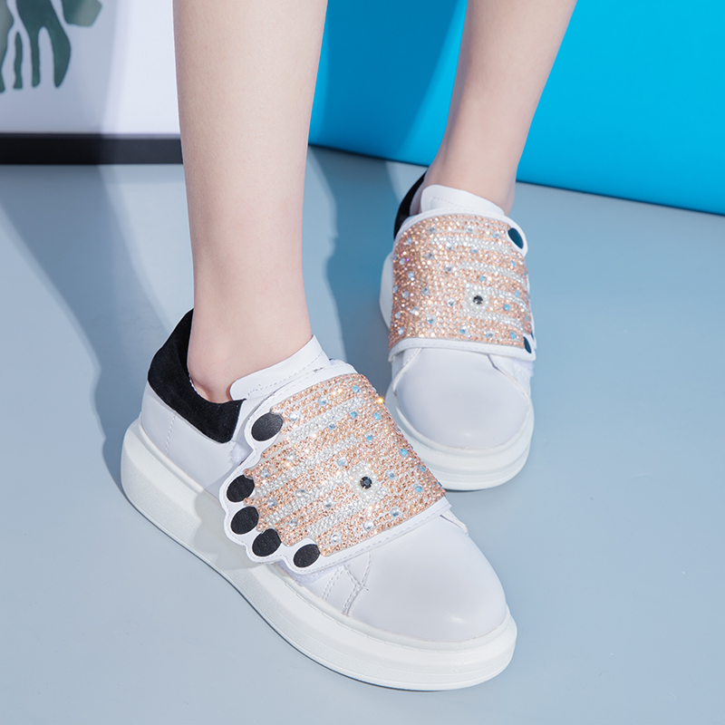 2019 Spring Autumn Fashion Brand Lady Shoes Women Sneaker Rhinestone Girl Crystal Bling Glitter Flats Shoes size 35-41