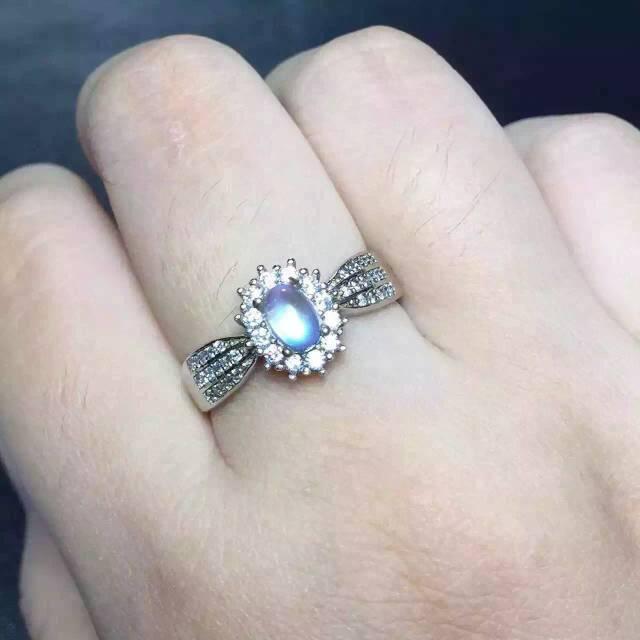 Luz Natural azul moonston Anillo Anillo de piedras preciosas Naturales S925 plata esterlina de moda Elegante Diana redonda partido mujeres regalo de La Joyería