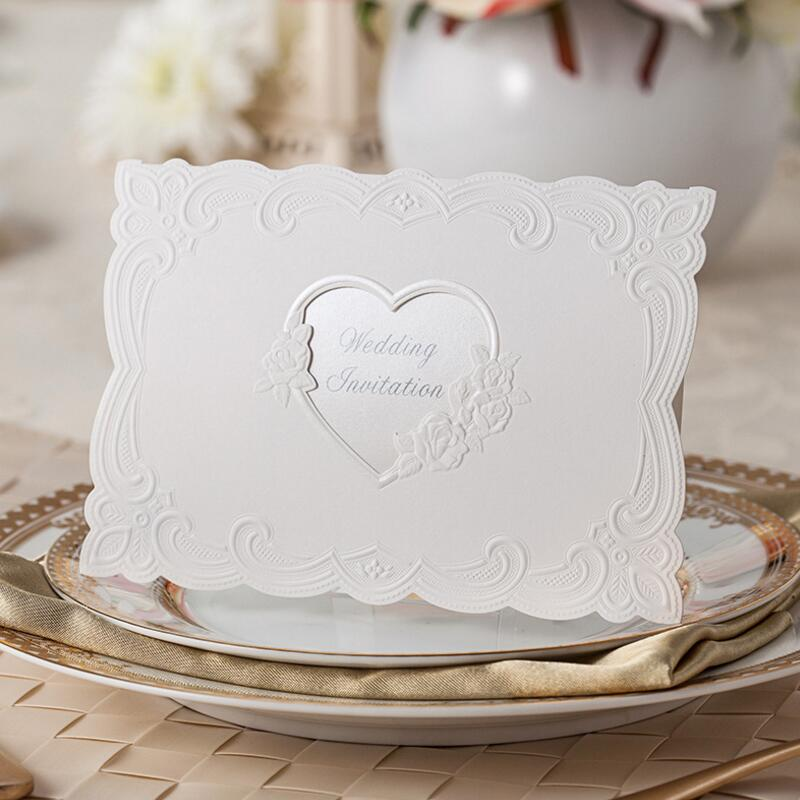 50pcs/pack Sweet Embossed Flower Wedding Invitations White Customized Printing Invitation Card with Envelopes 50pcs pack laser cut wedding invitations cards elegant flowers free printing birthday party invitation card casamento
