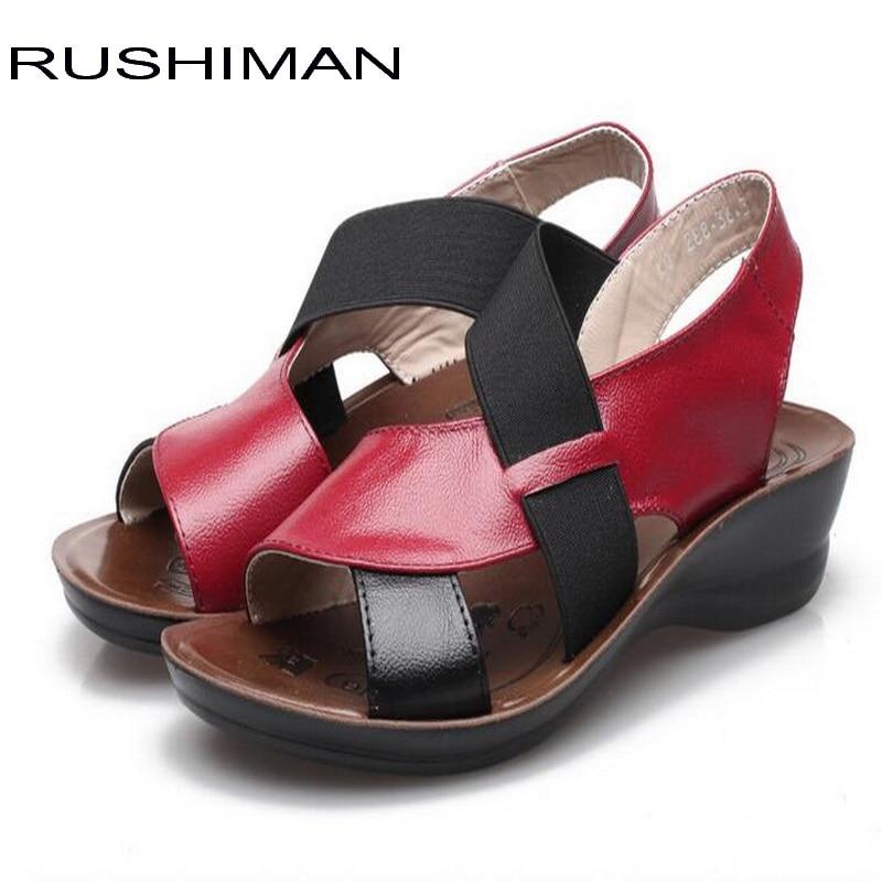90e97bd0 Comprar RUSHIMAN señoras del cuero genuino sandalias de las mujeres  sandalias mujeres Zapatos Rojos Zapatos de cuña tamaño 35 40 Online Baratos  .