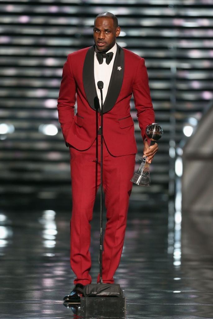 2015 Mężczyzn Garnitury Formalnej Sukni Mody Czerwony Garnitur