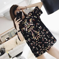 2018 Spring And Summer New Tide Brand Petal Printing Short Sleeved T Shirt Female Cotton Round
