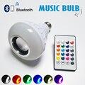 Natal E27 Lâmpada Dimmable 12 W RGBW Inteligente Sem Fio Bluetooth Speaker Lâmpada Música Tocando LED Lâmpada Luz com 24 Teclas remoto