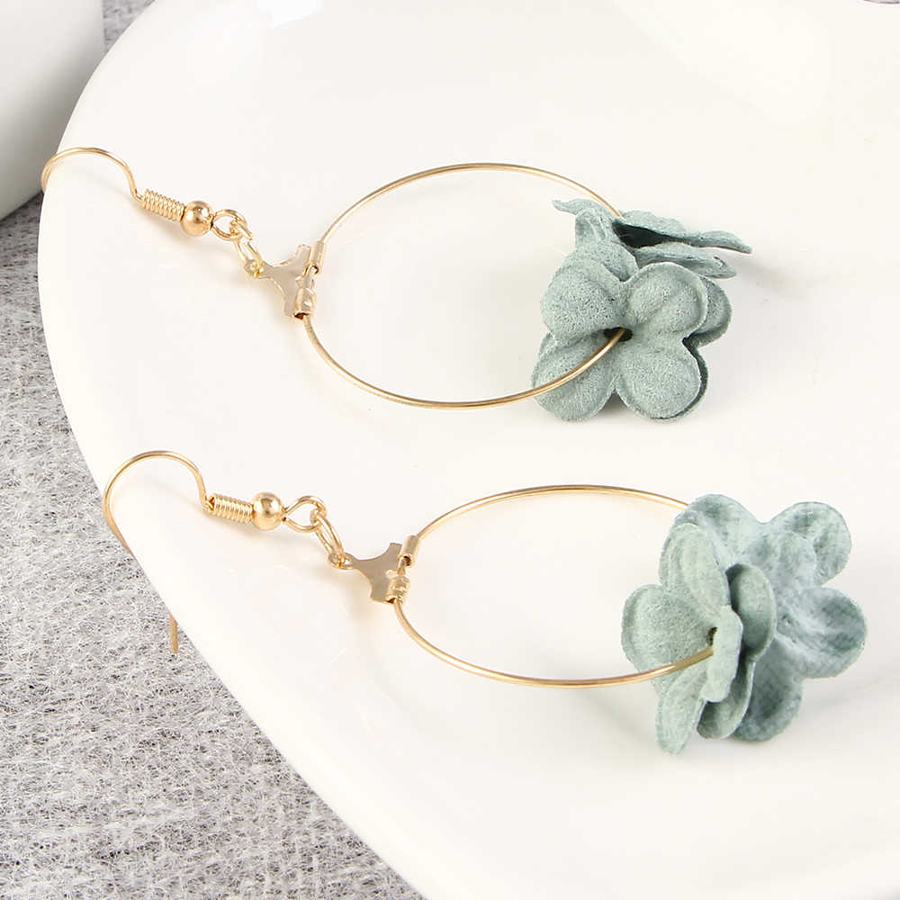 แฟชั่นผู้หญิงคลาสสิกออกแบบ Drop ต่างหูดอกไม้หลายสี Dangle ต่างหูกลีบผ้า Ear Drop Hook เครื่องประดับ Hoop